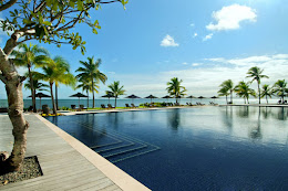 A beautiful day by the pool, Hilton Fiji