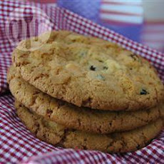 Fruity White Chocolate Chip Cookies