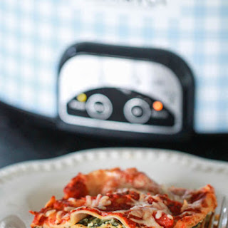 Crock Pot Spinach and Sausage Lasagna
