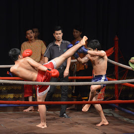Muay Thai Fight Demo by Alan Chew - News & Events Entertainment (  )