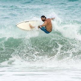 Ridin high by Ray Smith - Sports & Fitness Surfing