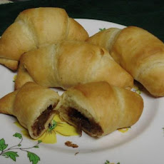 Mr. Gokittengo's Nutella Crescents