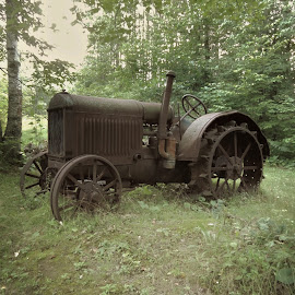 Old and Rusty. by Carolyn Kernan - Transportation Other (  )