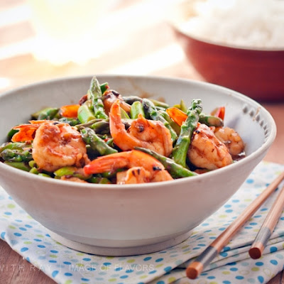 Stir Fried Shrimp & Asparagus in Black Bean Sauce