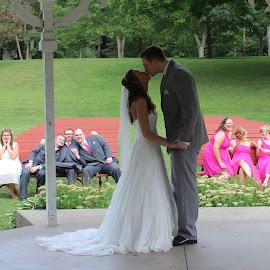 grace by Emily Rainwater Stavedahl - Wedding Groups