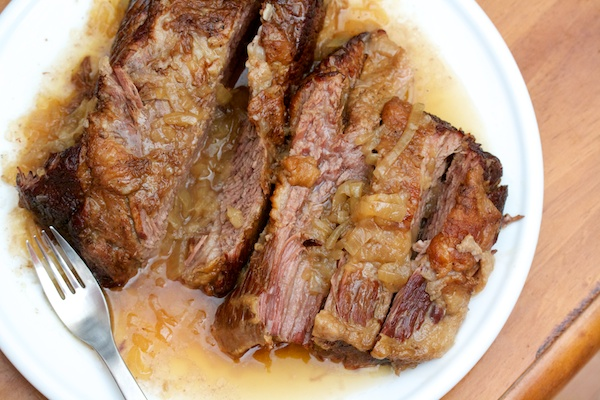 Brisket with Slow-Cooked Onions Recept | Yummly