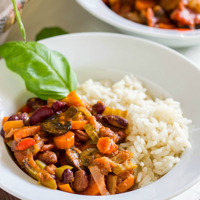 Long Squash Vegan Chili