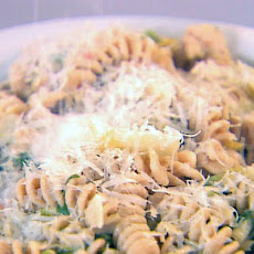 Pasta with Escarole, White Beans and Chicken Sausage