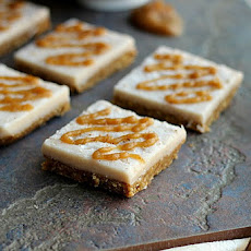 Raw Cinnamon Roll Bars with 'Caramel' Drizzle (Vegan, Paleo)