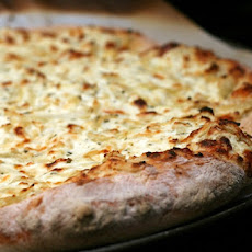 White Pizza or Pizza Blanca