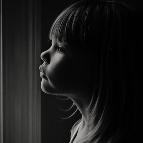 The sweetness of a child by Sabrina Causey - Babies & Children Child Portraits ( tomboy, girl, sweet, lighting, portrait,  )