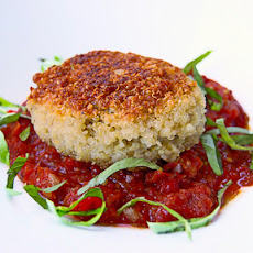 Quinoa patties stuffed with goat cheese and mushrooms