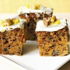 Traditional Carrot Cake With Cream Cheese Frosting