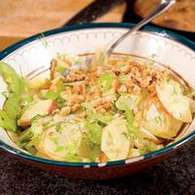 Fennel Salad with Toasted Walnuts