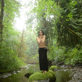 nature by Mike Wiesner - Nudes & Boudoir Artistic Nude ( nature, madelinahorn )