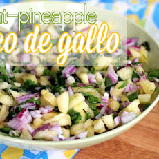 Mint-Pineapple Pico de Gallo