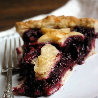 Apple-Blackberry Pie with Ginger
