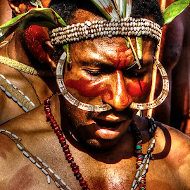 Papuan tribe by Harley Daddyson - People Portraits of Men ( ethnic, tribe, indonesia, papua, papuan )