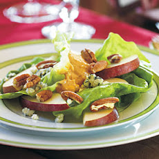Sliced Pears with Rémoulade Dollop