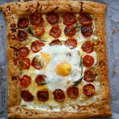 Tomato Tarte with a Baked Egg