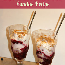Bumbleberry Pie Sundae Recipe + My Platinum Bite!
