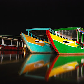 docked boats reflection by Dan Baciu - Transportation Boats ( hoi an, port, water reflection, docked boat, docked boats, boats, harboar, colored boats, vietnam, colorfull, colored, boat )