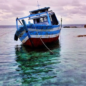 by Ben Bebe - Transportation Boats ( water, device, transportation,  )