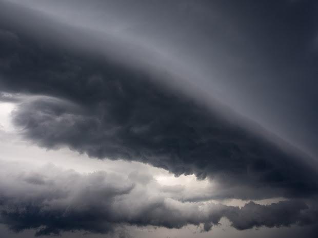 burza, wiatr, symbolika kruka, ogham, choroba, samotność, rozkład, bezbożność, zwierzę mocy, totem