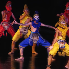 monkey's dance by Tt Sherman - News & Events Entertainment ( yogyakarta, ramayana, ballet, dance, prambanan )