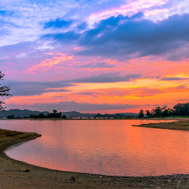 Nature's Show by IMade Budaryawan - Landscapes Sunsets & Sunrises ( nature's colours, nature art, sunsets, sundown, nature photography, colourful sunsets )
