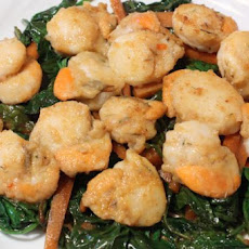 Seared Scallops and Spinach Salad
