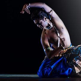 by Rishav Chakraborty - News & Events Entertainment ( udayshankar, kolkata )
