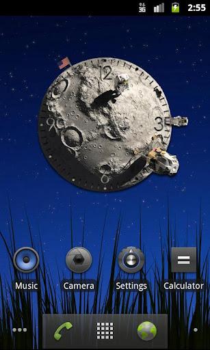 月亮時鐘。美麗的小部件