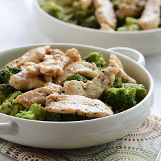 Chicken & Broccoli Lunch Bowl in 10 Minutes