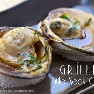 Grilled Clams (Little Neck Clams)