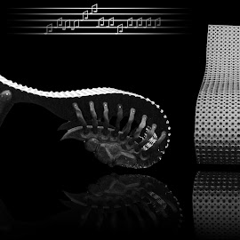 arx by Dietmar Kuhn - Artistic Objects Furniture ( abstract, chair, silver, moody, curves,  )