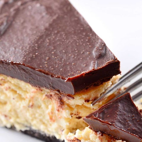 Bailey's Irish Cream Cheesecake with Chocolate Ganache