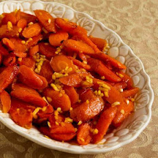 Roasted Red Curry Carrots with Ginger and Garlic (Christmas Carrots)