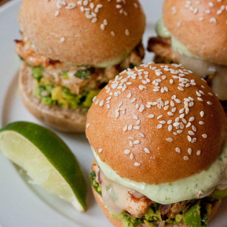 Cheddar Jalapeño Chicken Burgers with Guacamole Recipe | Yummly