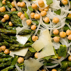 Asparagus with Sweet Onions, Garbanzo Beans, and Mint Recipe