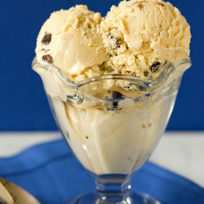 Oatmeal-Raisin Ice Cream