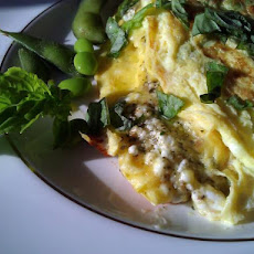 Creamy Goat Cheese Pesto Omelet (Ww 10 Pointsplus)