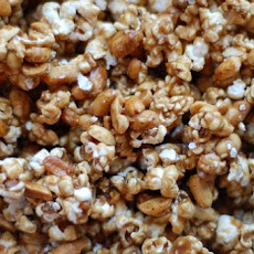 Spicy Peanut Caramel Corn
