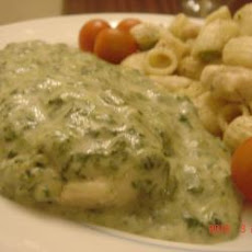 Chicken Breast With Cream Of Spinach Sauce
