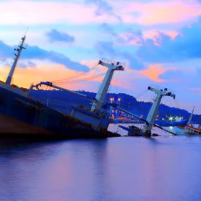 by Didik Baen - Transportation Boats