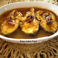 Machhere jhol (Bengali fish curry)