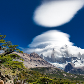 Lenticular clouds on Cerro Fitzroy by Frank Tschöpe - Landscapes Cloud Formations ( squarespace, cerro fitzroy, patagonien_kalender, skandinavien, island )