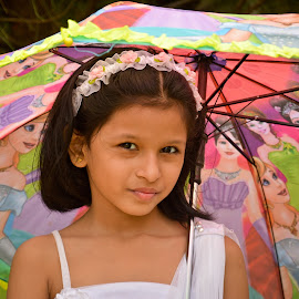 barbie princess by Amol Patil - Babies & Children Child Portraits ( child, birthday, girls best friend, barbie, inida )