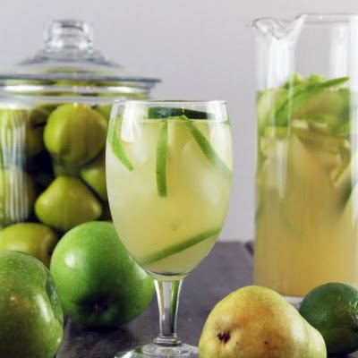 Sour Apple and Pear Sparkling Sangria
