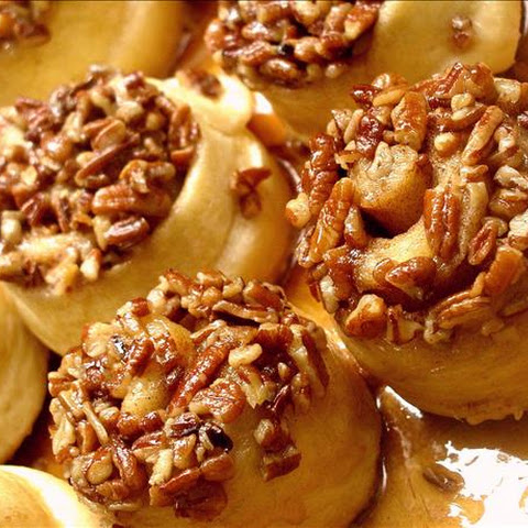 Schnecken ( Sticky German Cinnamon Buns)